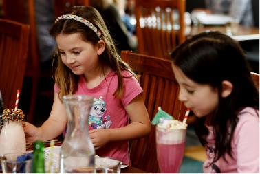 Children dining at The Homestead Invercargill